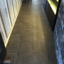 Stretcher Bond Tiling